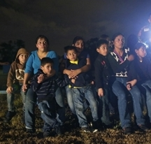 immigrant-children-at-night-ap