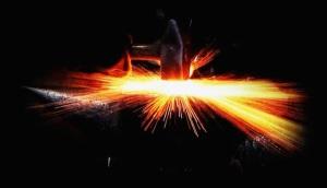 blacksmith-anvil-under-pressure