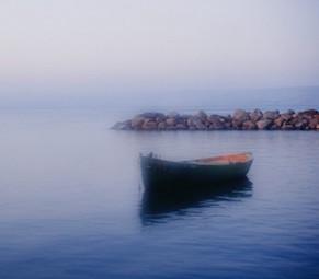 Galilee-Fishing-Boat-690x462